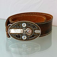 Womens Silver beaded Belt Buckle.