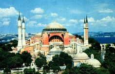 Anthemius of Tralles and Isidorus of Miletus, Church of Hagia Sophia, Constantinople, Turkey, 532-537
