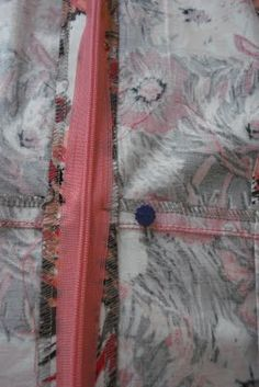 Diana's Sewing Lessons: An Invisible Zipper, My Way