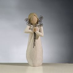 Friendship Willow Tree Angel - from my sweet friend Sara 2009 Willow Figurines, Willow Tree Figures, Willow Tree Angels, Willow Tree Friendship, Willow Tree Family, Angel Wings Art, Metal Flowers, Inspirational Gifts, Christmas Decorations