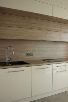 BENO Kitchen Layout Interior, Modern Kitchen Interiors, Kitchen Room Design, Kitchen Cabinet Design, Modern Kitchen Design, Home Decor Kitchen, Kitchen Furniture, Best Kitchen Cabinets, Kitchen Tops