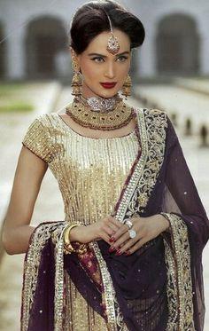 Gorgeous #Desi #IndoPak gold & black Outfit