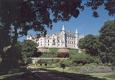 Clan Sutherland, Dunrobin Castle Scotland. what a beautiful place.