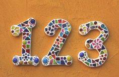Mosaik Hausnummer bunt, weiß verfugt von Mosaix auf DaWanda.com