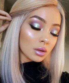 62 Amazing Glitter Makeup Ideas for Women Einfache Make-up-Ideen; Festival Make-up; Prom Make-up sieht aus. Makeup Goals, Makeup Hacks, Makeup Tips, Beauty Makeup, Hair Beauty, Makeup Ideas, Makeup Set, Beauty Style, Makeup Trends