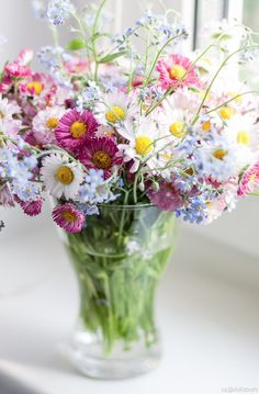 Imagine having this beautiful bouquet in your kitchen!     ♥Aline