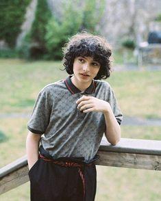 Finn is so handsome Millie Bobby Brown, Beautiful Boys, Pretty Boys, Cute Boys, It Movie 2017 Cast, Finn Stranger Things, Jack Finn, Future Boyfriend, Celebs
