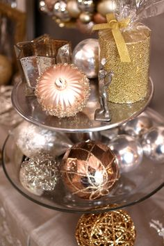 One Holiday Entry, Three Ways - see the same space, transformed for the holidays, in 3 different styles. And find this gorgeous holiday decor at @Pier1.