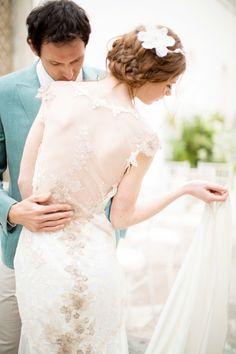 Wedding dress back styles we love: http://www.stylemepretty.com/2014/07/22/wedding-dress-back-styles-we-love/ | Photography: http://www.amandawilcher.com/