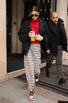 Kaia Gerber: Arrives at Dior for a fitting in Paris Fashion Photo, Fashion Models, Fashion Outfits, Womens Fashion, Kaia Gerber, Models Off Duty, Korean Fashion, Autumn Fashion, Paris Fashion