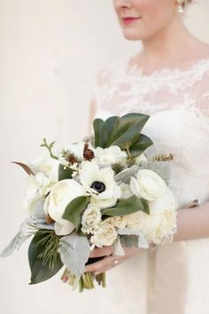 Winter Wedding Bouquet by Jaclyn Journey    Image by Bella Grace Studios