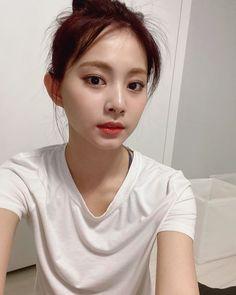 Nayeon, Kpop Girl Groups, Korean Girl Groups, Kpop Girls, Twice Tzuyu, Twice Group, Chou Tzu Yu, Chaeyoung Twice, Twice Once