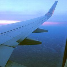 Pink sunset. Wing seat. So long Flordia. Austin Bound #atx @Mike @nickandpaigemusic
