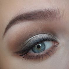 Love Thing: Sultry Naked2 Eyes