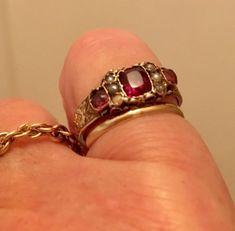 Beautiful Antique Victorian Gold Ring - Seed Pearls & Garnets Size Q Victorian Gold, Victorian Jewelry, Diamond Gemstone, Gemstone Rings, Seed Pearl Ring, Garnet Rings, Gold Platinum, Gold Pearl, Vintage Diamond