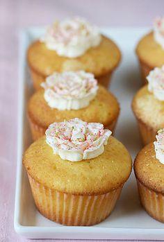 Vanilla Saffron Cupcakes. http://dessertfirstgirl.com/2008/09/sugar-high-friday-la-vie-en-rose.html