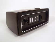 Oooh retro bedside clocks.
