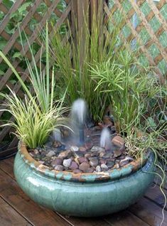 22 Unique DIY Fountain Ideas to Spruce Up Your Backyard - Wassergarten - Design RatBalcony Plants tan Furniture Backyard Water Fountains, Indoor Water Garden, Garden Fountains, Garden Pond, Backyard Ponds, Bonsai Garden, Indoor Pond, Patio Pond, Balcony Garden