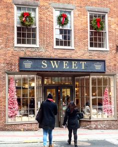 New England Fine Living : Christmastime in Boston MA New England
