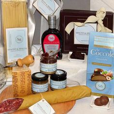 Good Food Gift https://goo.gl/KFRNq8   a gift to be remembered through time arousing gratitude to you #pasta #cheese #chocolate #jam #food