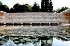 Barcelona Pavillon by Mies van der Rohe