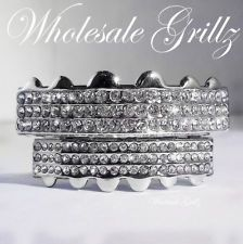 BLING! NEW PLATINUM SILVER STYLE GRILLZ 6 ROW ICED OUT HIP HOP GRILLS TEETH CAPS ★SALE★FREE EXTRA MOLD★NEW★TOP QUALITY★HALLOWEEN★COSTUME Buy Now!! ebay seller: wholesale_grillz