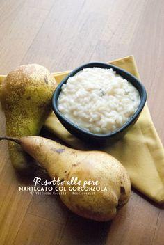 Un delicatissimo risotto alle pere, mantecato con gorgonzola (e gherigli di noci). Sapore dolciastro, dal retrogusto di carattere. Semplice da preparare!