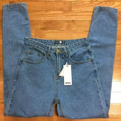 bcffcd2d35bf Boohoo Women's Blue Denim Mom Jeans Size 4 With Back Pocket Wash Detail  #fashion #