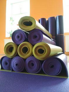 Új jóga matracokkal várunk. Már ma ki lehet próbálni 18:30-tól. Spirituális Extázis Ezoterikus Jógaközpont Győr, Kisfaludy utca 2.http://tantra-yoga-gyor.hu/https://www.facebook.com/tantra.yoga.gyor#Tradicionális #jóga #yoga #hatha #tantra #integrál #meditáció #önismeret #felszabadulás #megvilágosodás #Győr #önfejlesztés#spirituális #lélek