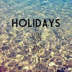 Summer holidays : miss Holiday at beach..