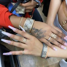 Crazy Nails, Love Nails, Claw Tattoo, Long Nail Designs, Classic Nails, Cartier Love Bracelet, Love Bracelets, Bangles, Nail Games