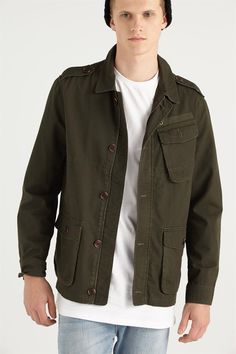 <p> - Military inspired parka<br /> - Vintage garment wash<br…