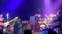 """@glennhughes w/ Black Country Communion """"Cold"""" LIVE in St. Louis, USA June 2011."""