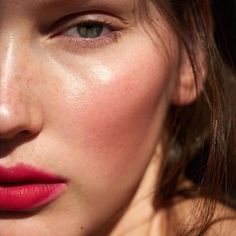 Our favorite shades of red: 'modest' for the cheeks, Wild with Des. Our favorite shades of red: 'modest' for the cheeks, Wild with Desire lipstick in 'jezebel' mixed with lip shine in 'sacred', and living luminizer for a glowing highlight. Beauty Make-up, Beauty Hacks, Hair Beauty, Beauty Tips, Blush Beauty, Beauty Cream, Beauty Bay, Beauty Style, Cheek Makeup