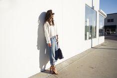 (Zara cropped sweater, vintage Levi's, Chloé nude sandals, Goyard tote, Ray-ban Outsiders Oversized Wayfarers)