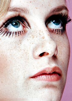 Most Popular Post - July 2014 2,829 notes - twiggy
