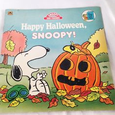 Happy Halloween, Snoopy! - Vintage Kids Charlie Brown/Peanuts Golden Book 1989 by RetroVintageHeart on Etsy