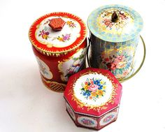 Trio of Vintage Biscuit Tins by thewhitepepper on Etsy