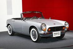 HONDA S360 Vintage Cars, Antique Cars, Kei Car, Honda Cars, Car Drawings, Japanese Cars, Small Cars, Motors, Cool Cars