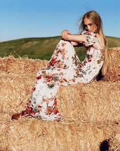 """Country Life"": Jean Campbell by Alistair McClellan for Vogue UK March 2016"