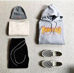 4 Jaw-Dropping Useful Ideas: Urban Wear Shape women's urban fashion jeans. Urban Fashion Women, Black Women Fashion, Trendy Fashion, Womens Fashion, Estilo Vans, Estilo Tomboy, Mens Urban Streetwear, Streetwear Fashion, Rugged Style