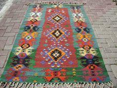 Turkish Anatolian Kilim Rug Vegitable and Natural by TARZANPILLOW