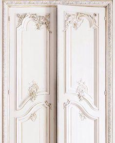 French Door Trompe l'oeil Wallpaper by Koziel. Decor, Door Design, French Doors, Home, Paris Apartments, Wallpaper, Inspiration, Light, Doors