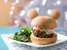 Introducing All New Mickey-Shaped Foods Disney Parks Announces They Will Serve Only Mickey-Shaped Food – mickey-veggie-burger Disney Themed Food, Disney Inspired Food, Disney World Food, Disney Desserts, Disney Snacks, Comida Disneyland, Un Diner Presque Parfait, Food Truck Menu, Food Trucks