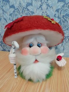 Christmas Pictures, Christmas Crafts, Xmas, Christmas Ornaments, Felt Decorations, Christmas Decorations, Red And White Mushroom, Puppet Crafts, Do It Yourself Crafts