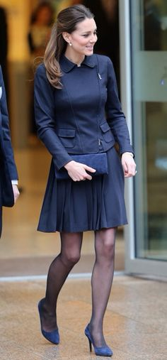 d182134a53620 Catherine Middleton Duchess of Cambridge Rainha, Unhas, Saia Kate  Middleton, Estilo Kate Middleton