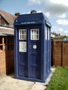 It occurs to me that having a Tardis might be the solution to my absolute total and complete lack of storage. Apparently I'm not the first person to think of this. Here's a Tardis repurposed as a storage shed. Cool Sheds, Shed Of The Year, Barn Kitchen, Kitchen Sink, Doctor Who Companions, Doctor Who Tardis, Police Box, Classic Monsters, Girl House