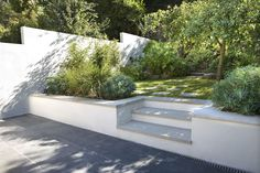 Muswell Hill Garden Design - Gardening - Lilly is Love Contemporary Garden Design, Contemporary Landscape, Landscape Design, Terrace Garden Design, Back Garden Design, Landscaping On A Hill, Hydrangea Landscaping, Residential Landscaping, Landscaping Jobs
