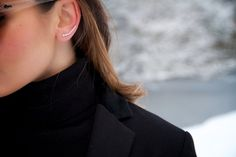 Fashion Earrings Silver Blog Blogger Maje H&M Quay Cashmeresweater Mango Niz Cherradi Snow Winter Hair Curls
