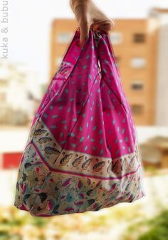 kuka & bubu: Carry Everywhere Shopping Bag (Free Pattern by Cucicucicoo) - Recycling a broken umbrella